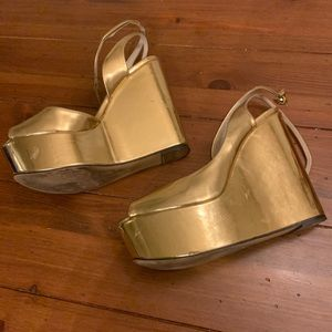 Zara Gold Wedges